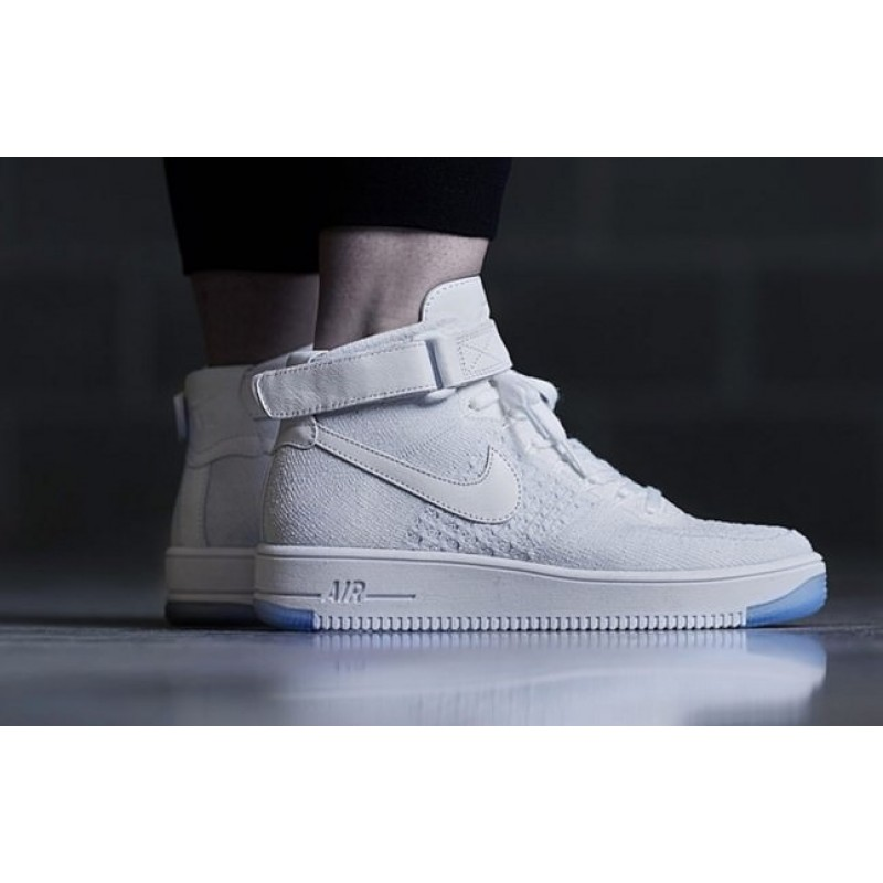 Nike Air Force 1 Ultra Flyknit white женские кроссовки
