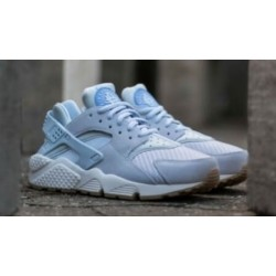 "Nike Air Huarache ""Baby Blue"""