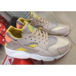 "Nike Air Huarache ""Cream/Yellow"""