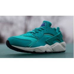 "Nike Air Huarache ""Mint/Light Retro"""
