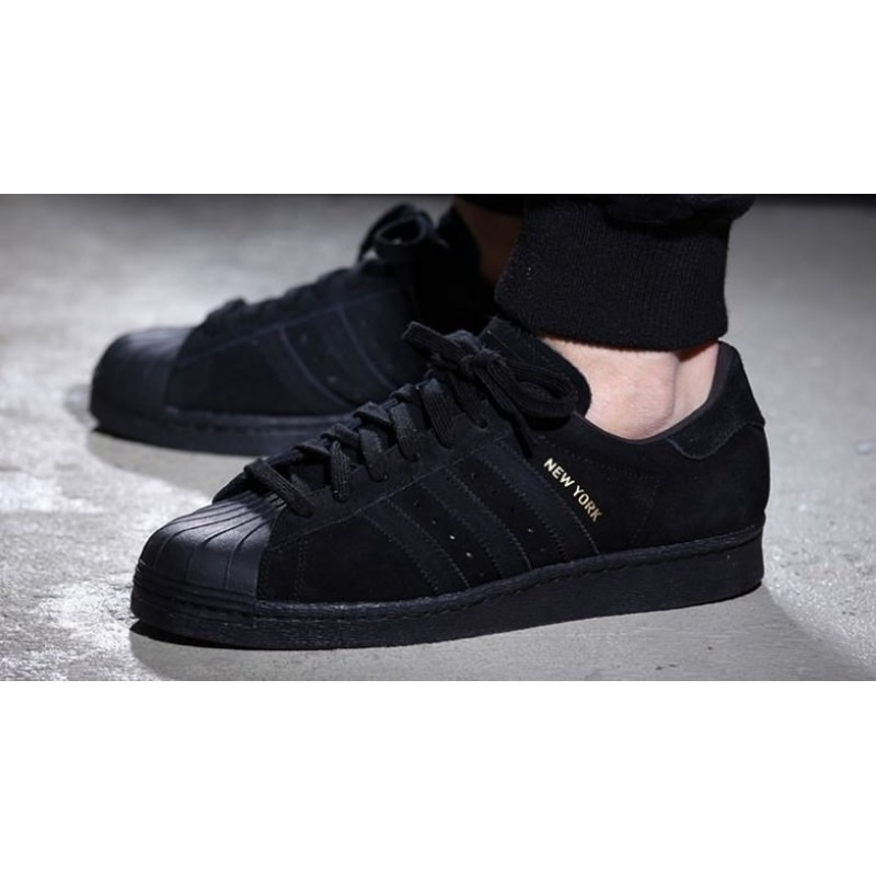 "Adidas Superstar 80s City Series ""New York"" мужские кроссовки"