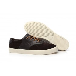 Lacoste Old School Style Brown